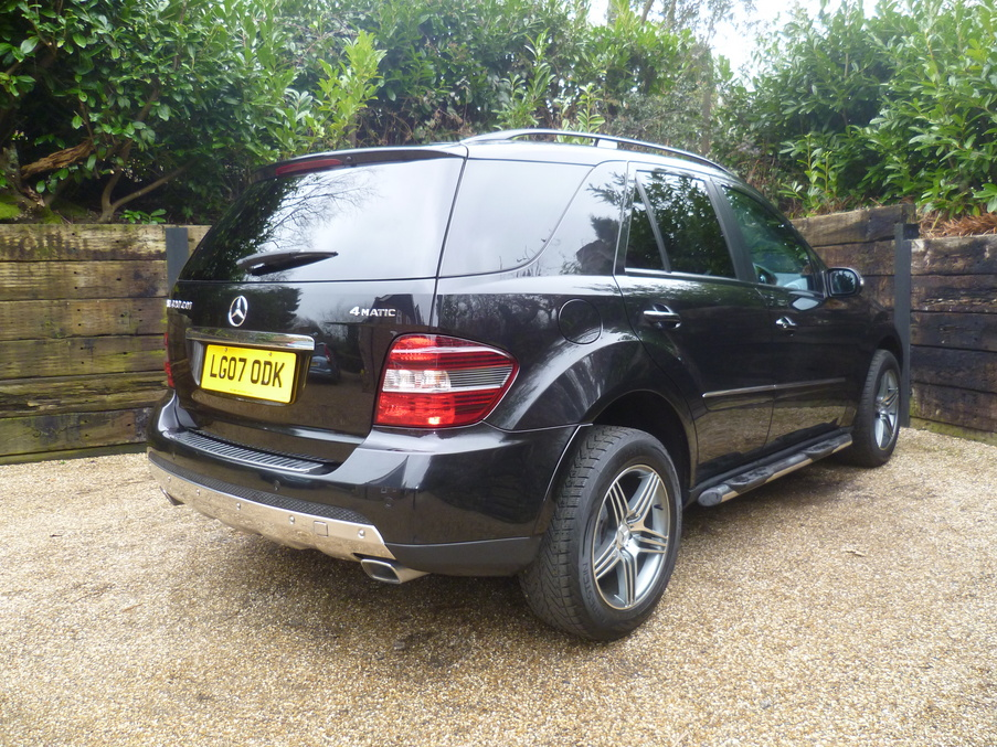 Mercedes benz ml420 cdi sport kent and surrey used cars for Mercedes benz finance calculator